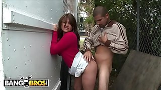 BANGBROS - Latin Butterfly, Esperanza Rojas, Getting Fucked In Public By Max Emulsion