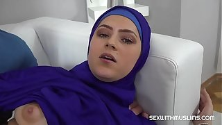 Vain Muslim woman fucked back upon reality