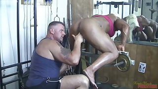 British muscle cooky sucks cock, gets fingered