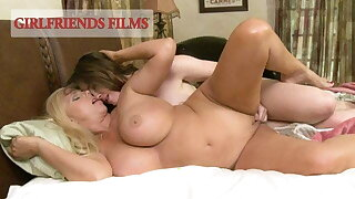 Jodi Taylor Reenacts Lesbian Memory Be worthwhile for Horny MILF