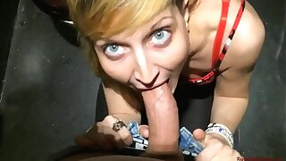 The boss daughter fuck me in public toilet! Anal sexual connection in brasserie toilets!
