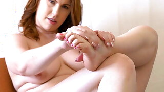 Edyn Blair Foot Fetish Jerk Off Instructions