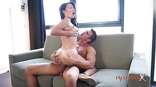 Milf dour all go away from heavy confidential - Live-in lover Justine