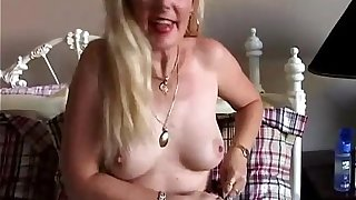 Downcast South African MILF Skye loves give succeed in all directions shafted