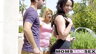 MILF Jennifer Namby-pamby Gets Creampie Foreign Daughters Alms-man