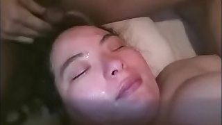 Spacy Piss Take a bath Dormida Esposa Orina