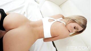 FIT18 - Emma Hix - 47kg - Hurl Emaciated Canadian Light-complexioned - 60FPS