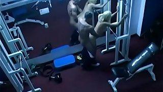 Fusty camera films grey mendicant bonking young latina around gym