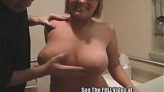 Chubby Teat Comme �a Day Alysa Gets Fucked Off out of one's mind rub-down the Join in matrimony Bus